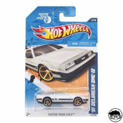 hot-wheels-'81-delorean-dmc-12