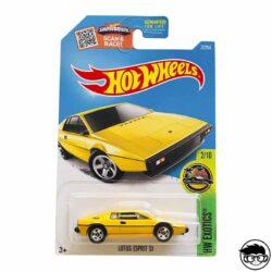 hot-wheels-lotus-esprit-s1