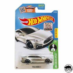 hot-wheels-tesla-model-s-hw-green-speend-gris