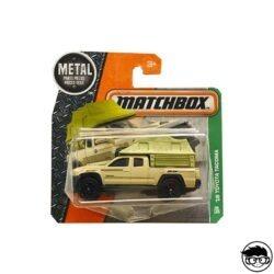 matchbox-16-toyota-tacoma-mbx-explorers-86-125-2017-short-card
