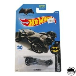 hot-wheels-batobile-batman-1-5-batman-vs-superman