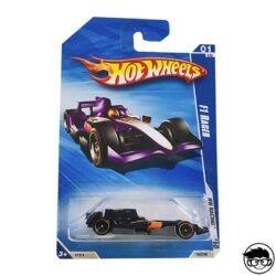 hot-wheels-f1-racer-hw-racing-149-240-2010-purple-long-card