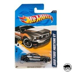 Hot Wheels 2010 Ford Mustang GT HW Main Street '12 167 247 long card
