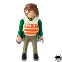 playmobil-polizei-man-1