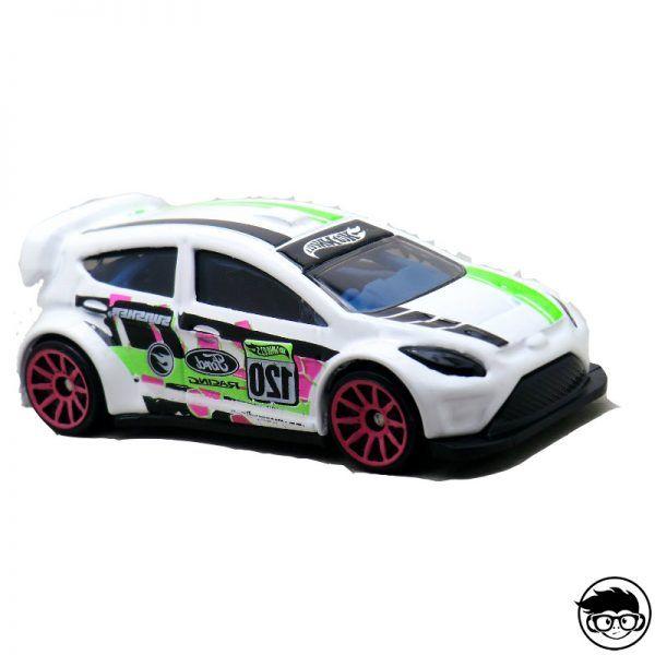 hot-wheels-12-ford-fiesta-loose