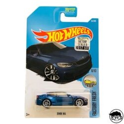 hot-wheels-bmw-m4-long-card-special