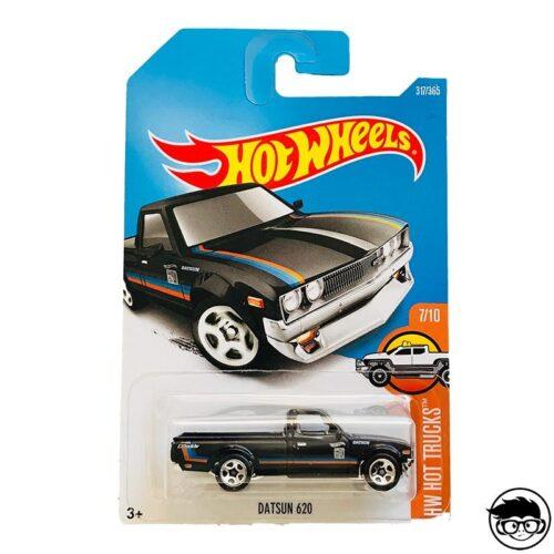 hot-wheels-datsun-620-long-card