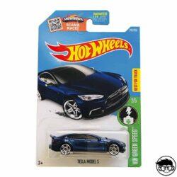 hot-wheels-tesla-modelo-s-blue