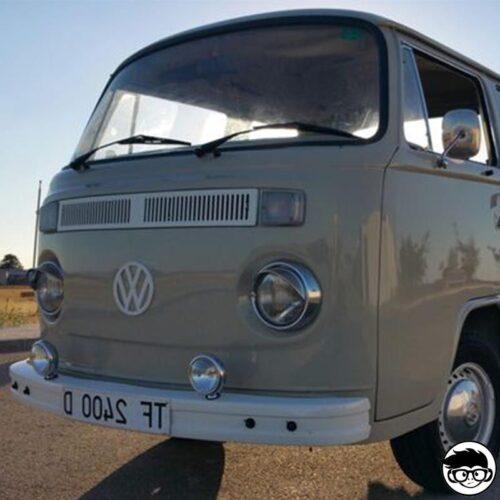 hot-wheels-volkswagen-t2-pickup-real
