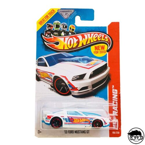 hot-wheels-13-ford-mustang-gt-hw-racing-long-card