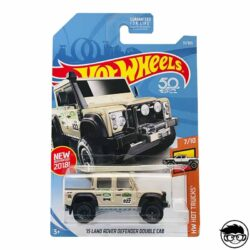 hot-wheels-15-land-rover-defender-double-cab