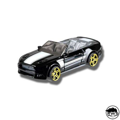 hot-wheels-2015-ford-mustang-gt-convertible-muscle-mania-loose