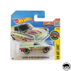 hot-wheels-custom-'69-volkswagen-squareback-short-card-green