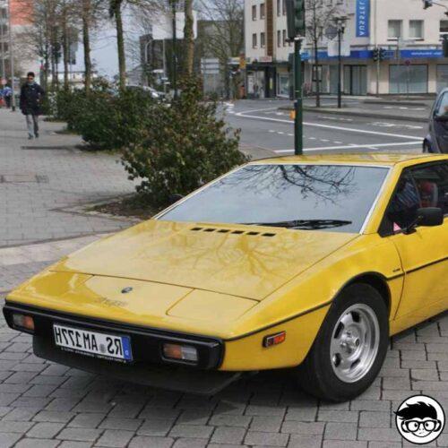 hot-wheels-lotus-Esprit-s1-real