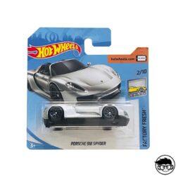 hot-wheels-porsche-918-spyder