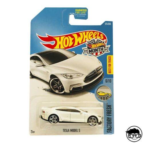 hot-wheels-tesla-model-3-white