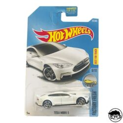 hot-wheels-tesla-model-s.jpg