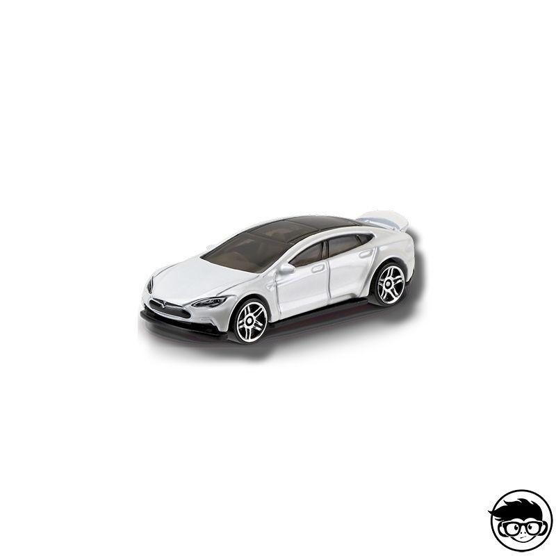 Á… Hot Wheels Tesla Model S Factory Fresh 175 365 2017 Long Card