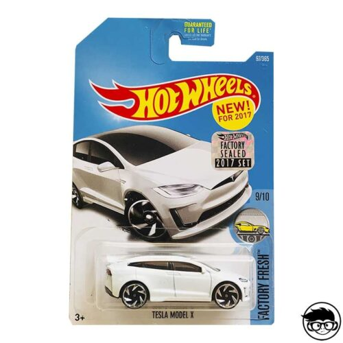 hot-wheels-tesla-model-x-white