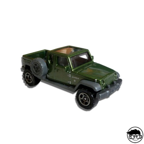 MATCHBOX-17-JEEP-GLADIATOR-LOOSE
