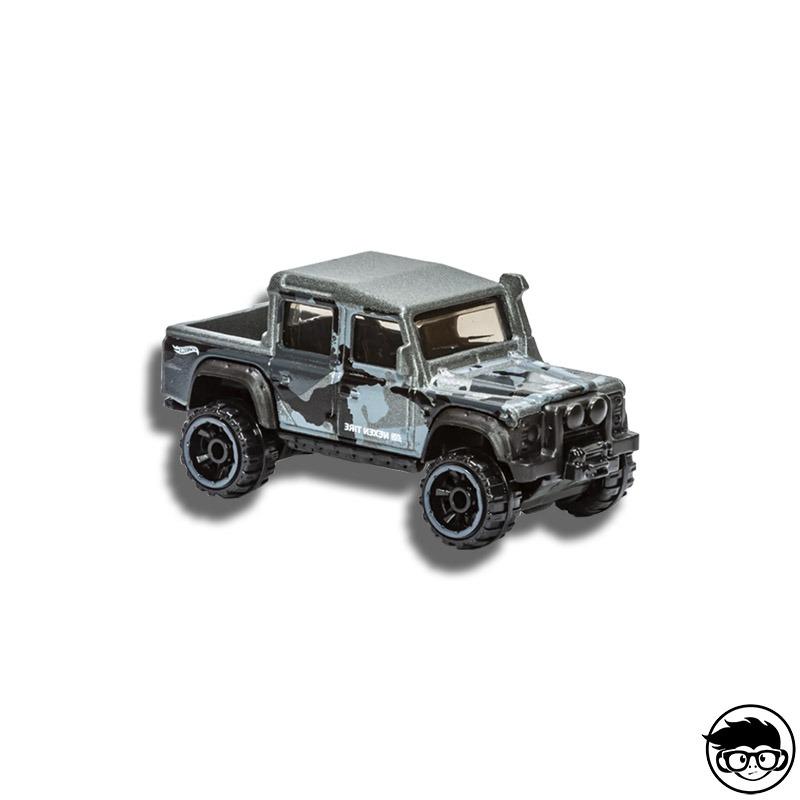 ᐅ hot wheels '15 land rover defender double cab»【 baja blazer 14