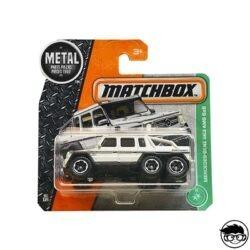 hot-wheels-mercedes-benz-g63-amg