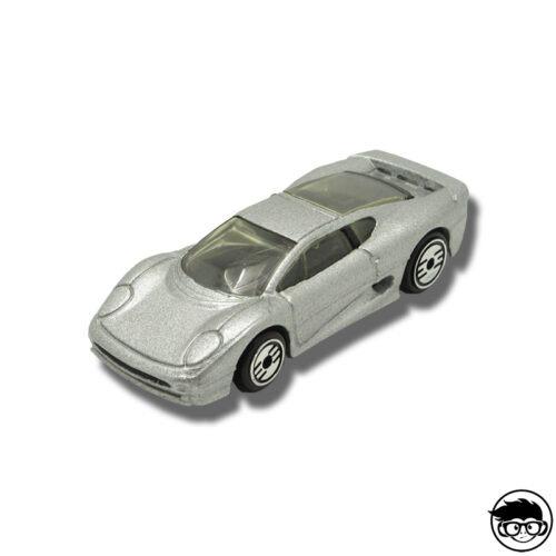 jaguar-xj220-loose