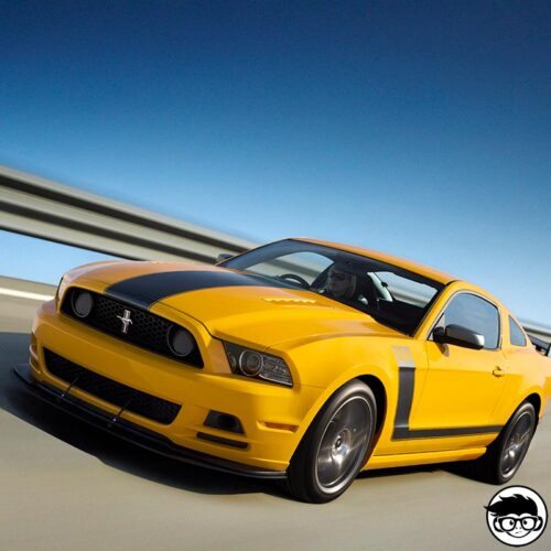 Hot Wheels '13 Ford Mustang GT real