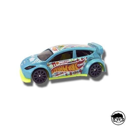 hot-wheels-12-ford-fiesta-hw-race-team-307-365-2017-loose