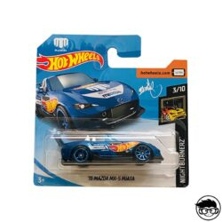 hot-wheels-15-mazda-mx-5-miata