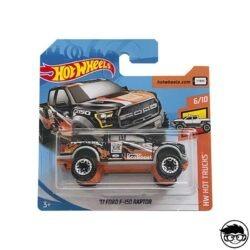 hot-wheels-17-ford-f-150-raptor