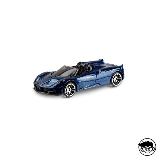 hot-wheels-17-pagani-huayra-roadster-loose