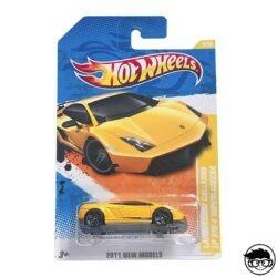 hot-wheels-lamborghini-gallardo-long-card