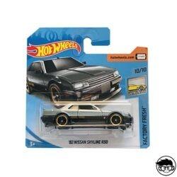 hot-wheels-nissan-skyline-r-330-short-card