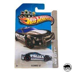hot-wheels-10-camaro-ss-hw-city-long-card
