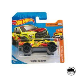 hot-wheels-17-ford-f-150-raptor-yellow