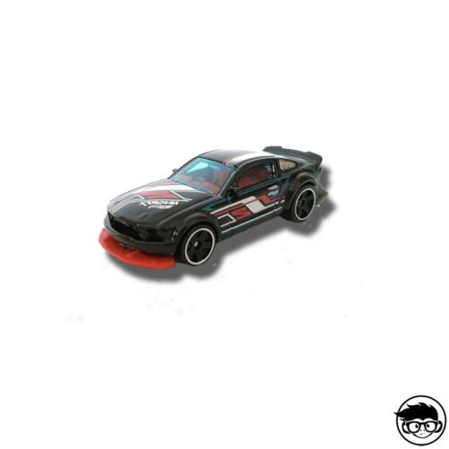 hot-wheels-2005-ford-mustang-loose