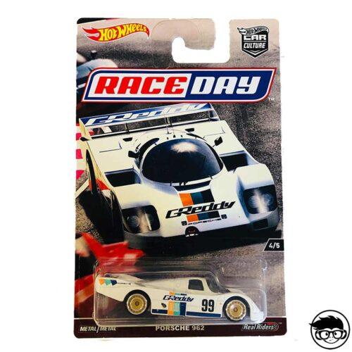 race-day-porsche-962