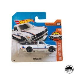 hot-wheels-datsun-620-short-card