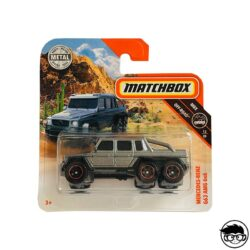 hot-wheels-mercedes-benz-g63-amg-black