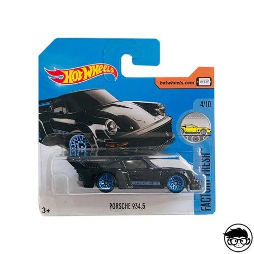 hot-wheels-porsche-934.5-black