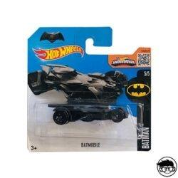 Hot Wheels Batmobile Batman 2016 short card