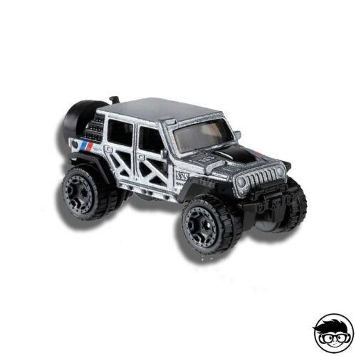 Hot wheels 17 Jeep Wrangler Baja Blazers loose silver grey