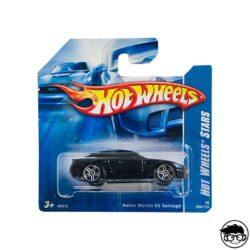 hot-wheels-aston-martin-v8-vantge-black