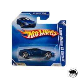 hot-wheels-aston-martin-v8-vantge-blue