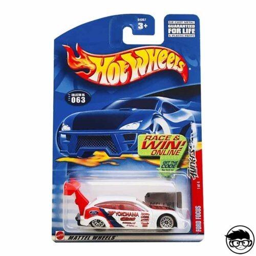 hot-wheels-ford-focus-yokohama