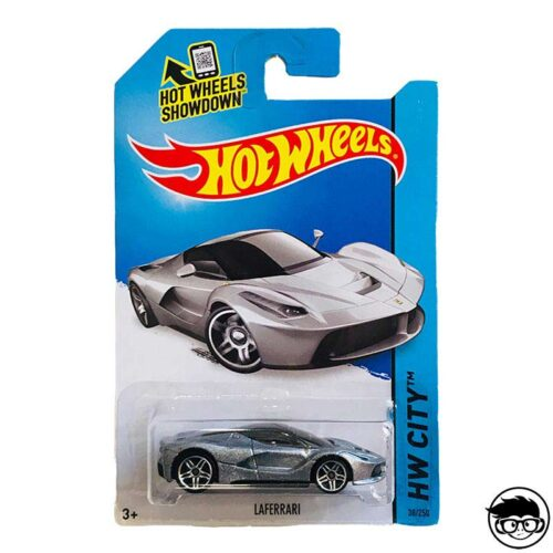 hot-wheels-laferrari-hw-city-long-card