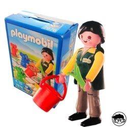 playmobil-7976-packaging-woman