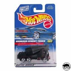 hot-wheels-oshkosh-cement-truck (1)