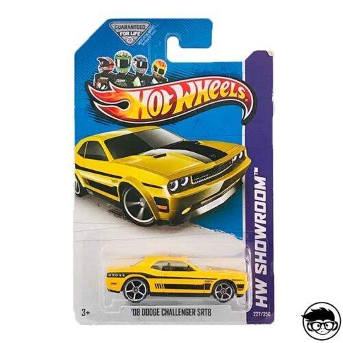 hot-wheels08-dodge-challenger-srt8